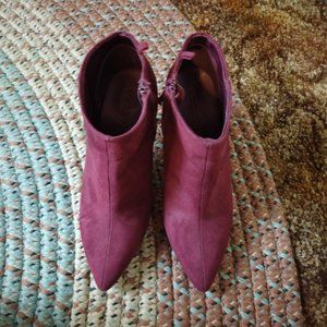 "Old Navy Wine Ankle Boots Sz 7 3.25"" Heels"